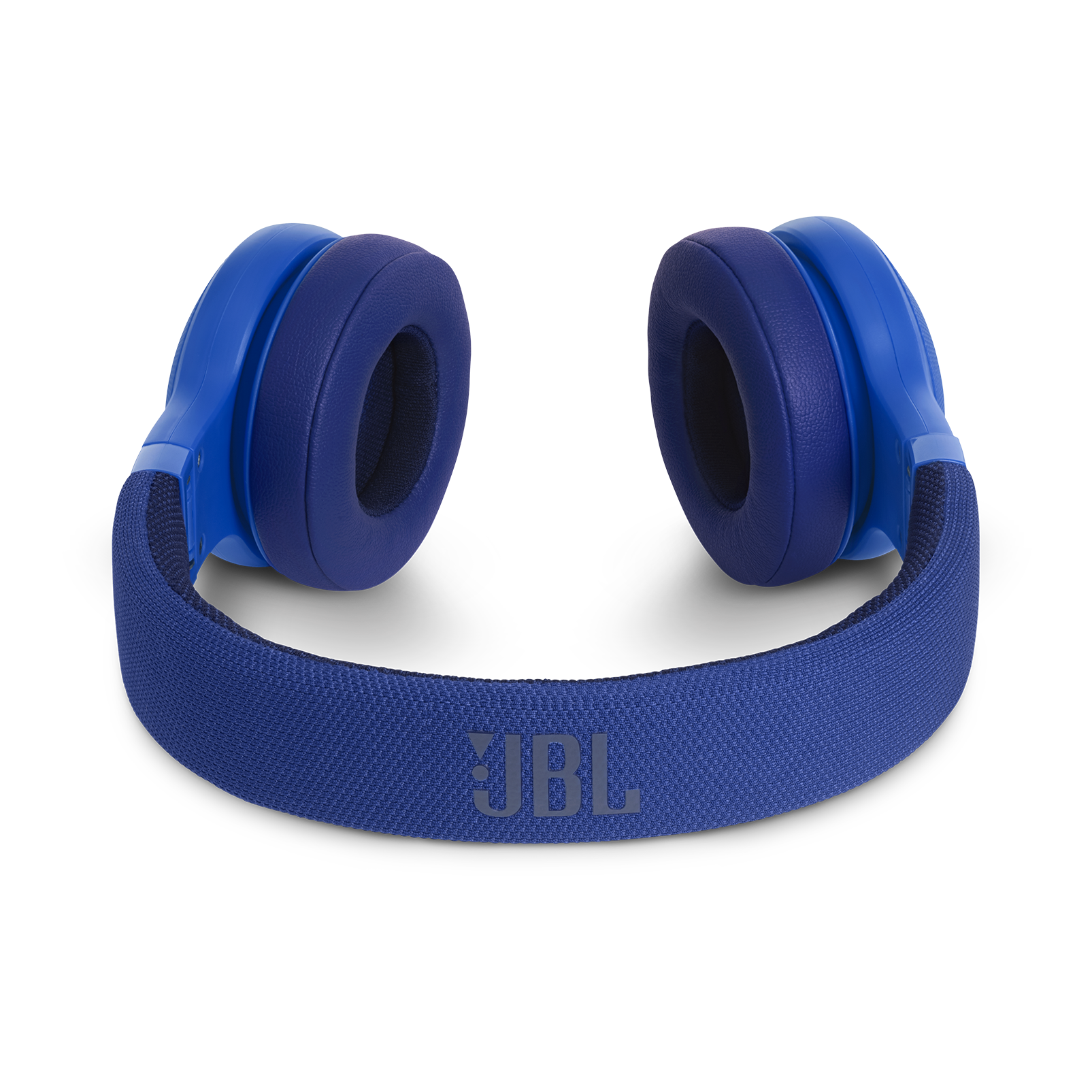 JBL E45BT - Blue - Wireless on-ear headphones - Detailshot 3
